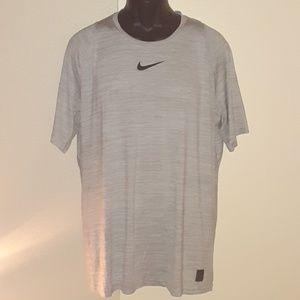 ✔ Nike Pro Dri - Fit Athletic Shirt